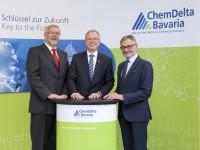 ChemDelta Bavaria, v.l.n.r. Dr. Alfred Kern, Dr. Bernhard Langhammer, Georg Häckl